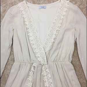 Tobi Other - 👒 TOBI Victorian LACE Ivory 1 Piece ROMPER Outfit